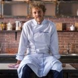 Мучают в школе. Почему шеф-повар Евгений Клопотенко хочет изменить рацион питания школьников