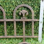 Какие бывают ограды на могилу? Виды и символизм
