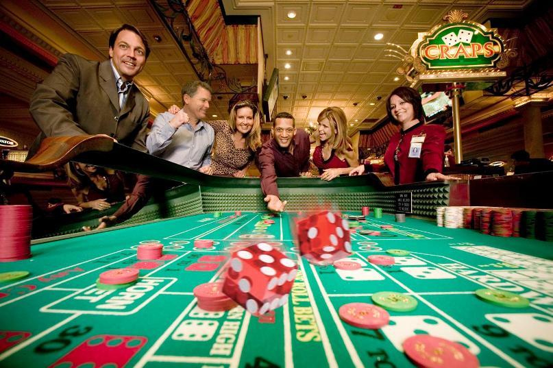 Игровые автоматы Super Slots, казино Супер Слотс тв, азартные игры, игровой клуб