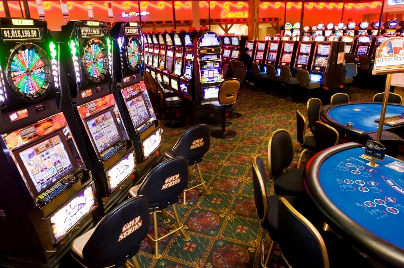 деньги играть на казино джек